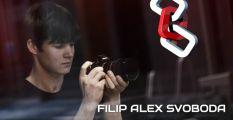 Přežil zásah 25 tisíc voltů a stal se objevem: Filip Alex Svoboda